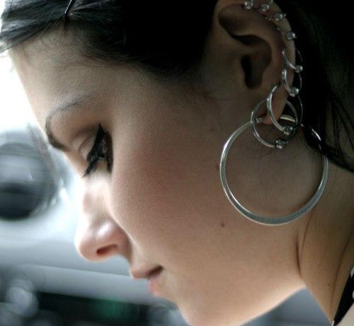 Ohrringe tragen ohne ohrlocher
